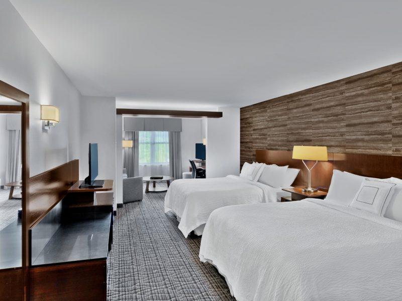 fairfield-inn-&-suites-waterbury-vt-featured-img3